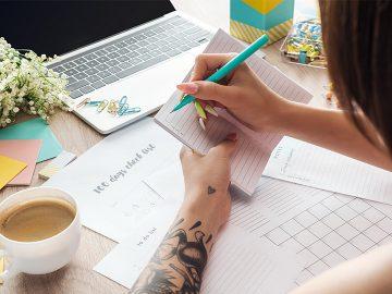 Choosing Article Topics Cassandra Bryan Design Featured